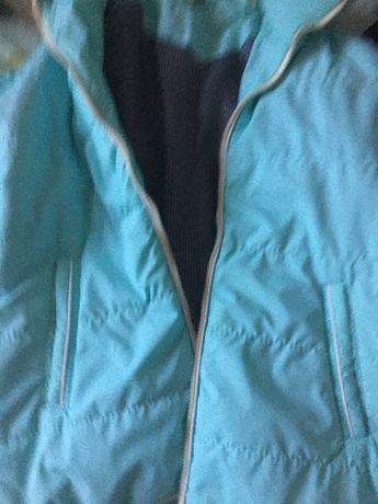 Продаю куртку весна-осень,ветровка