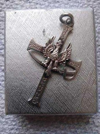 Krzyzyk srebrny z orzelkiem