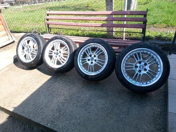 Продам 4 літніх колеса з титанами від Opel Zafira R17