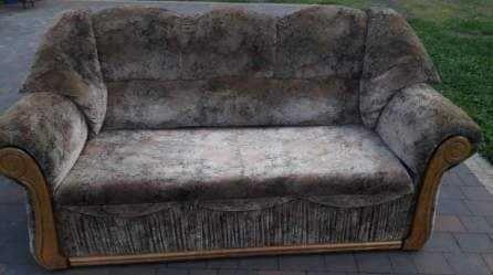 Wypoczynek dwie sofy i jeden fotel