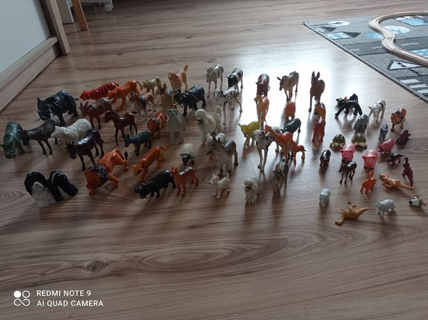 Duży zestaw figurek zwierzęta