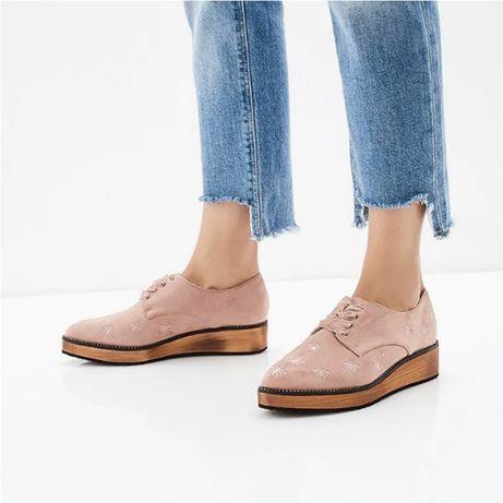 Стильные туфли, ботинки, искусственная замша с вышивкой, на шнурках