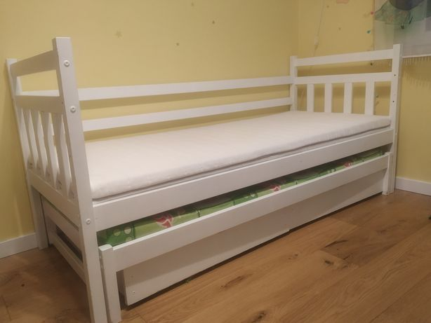 Łóżko podwójne piętrowe dla 2 dzieci szuflady biały wysuwane mat. ikea