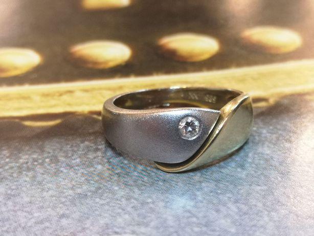 K. złoty pierścionek z brylantem, złoto 585, diament