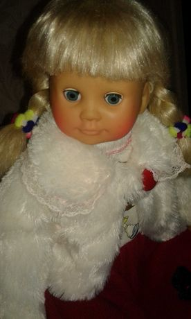 Интерактивная кукла Ксюша 1300 руб