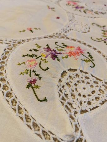 Obrus 79x80 kwiaty haft koronka shabby chic Vintage prowansalski