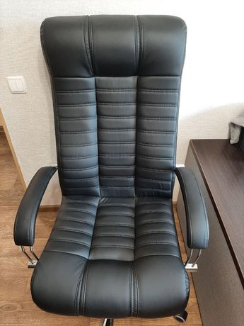 Продам новое компьютерное кресло