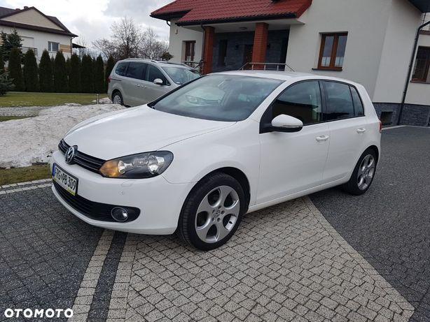 Volkswagen Golf 1,6 Benzyna Navi