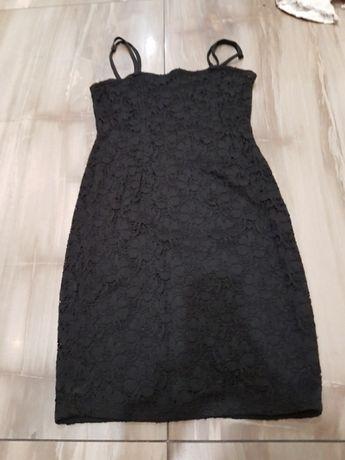 Sukienka czarna koronkowa