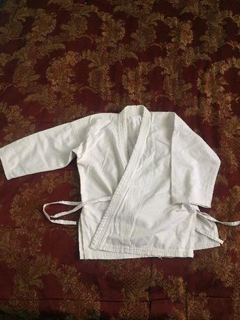 Продам куртку для каратэ
