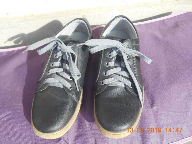 Туфли, туфлі хлопцю
