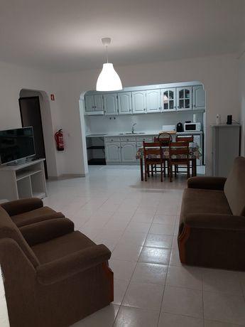 Alugo apartamento T1 em Milfontes