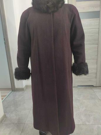 Płaszcz zimowy duży