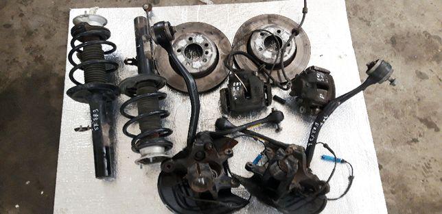 BMW E83 X3 amortyzator przód tarcze zaciski makperson