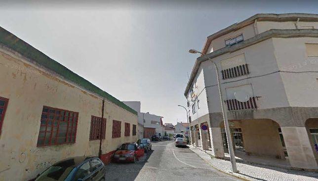 Vende-se apartamento T2 Centro da Cidade Marinha Grande