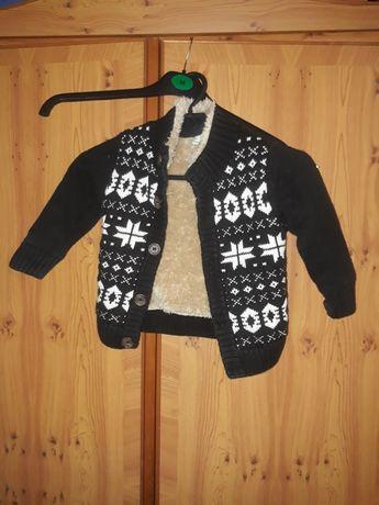 Sweterek, ciepły, zapinany, dziecięcy w na 1,5 - 2 lata