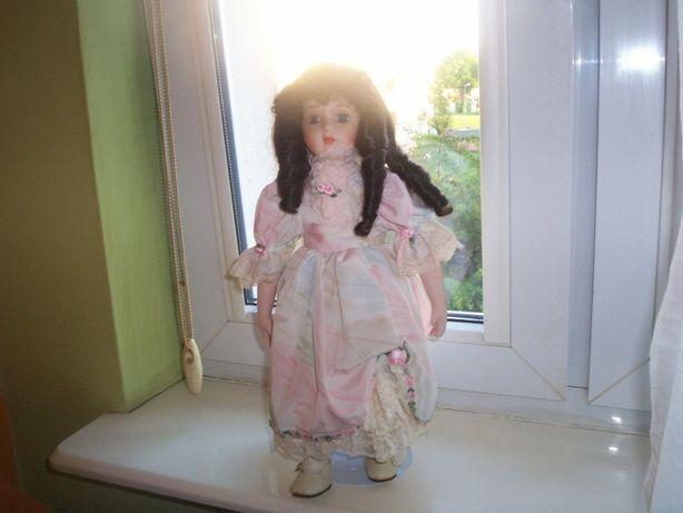 lalka kolekcjonerska,porcelana,wys 43 cm