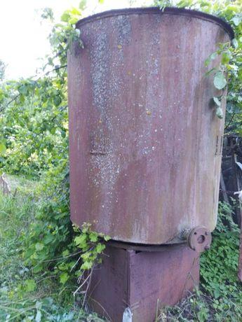 Напорный бак стальная емкость металлическая бочка железная ёмкость
