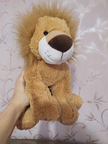 Лев, львенок