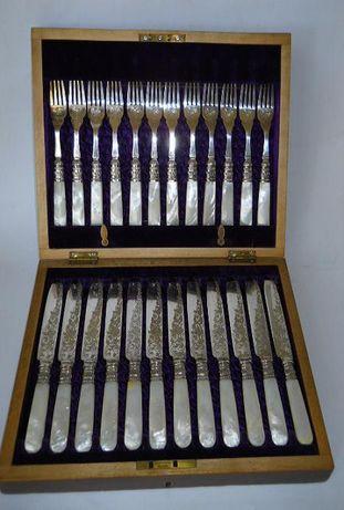 Набор старинных перламутровых ножей и вилок JE & SS (Джозеф Эллиот и с