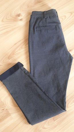 Spodnie granatowe w drobne kropeczki