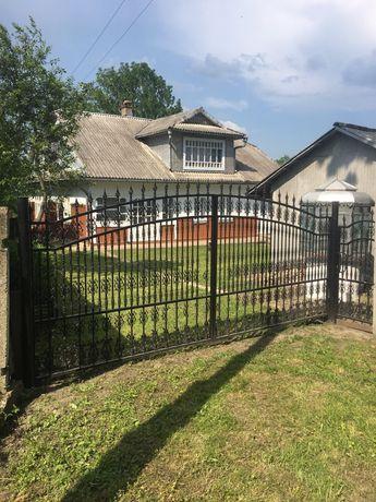Продається жилий будинок