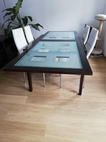 Mesa de madeira e vidro extensível