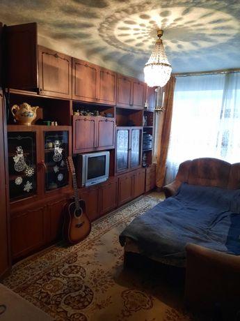 Срочно продаётся двухкомнатная квартира, в престижном районе.