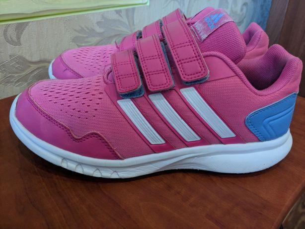 Кроссовки детские Adidas.