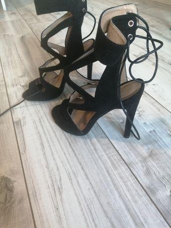 Sandały szpilki czarne