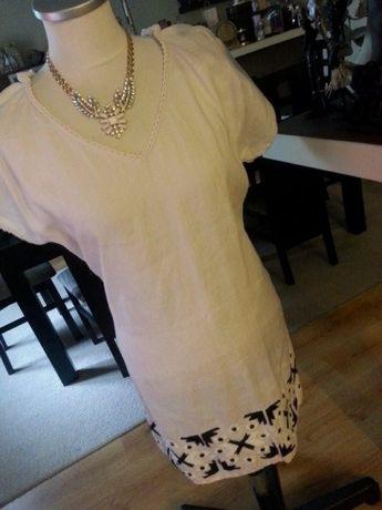 biała sukienka na lato ZARA z azteckim wzorem