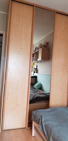 Szafa trzydrzwiowa z lustrem wysokość 245, szerokość 150