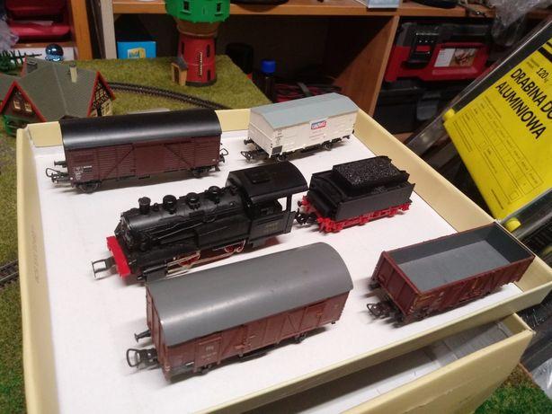Lokomotywa z tendrem H0 1:87 + 4 wagony H0 vintage retro