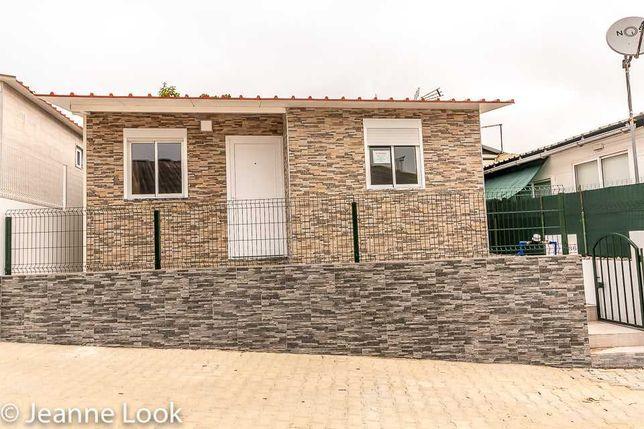 Lindo residencial NOVO, a estrear, T2 no Parque Verde por €72,500,00