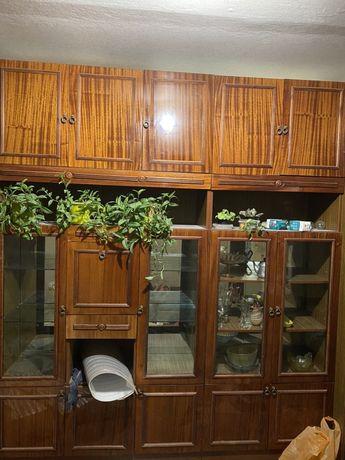 Советская  мебельная стенка, мебель для гостиной и спальни