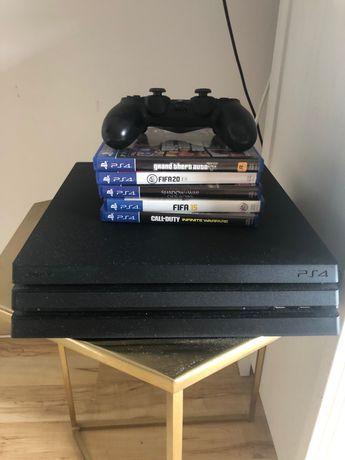 Playstation 4 pro + gry + pad