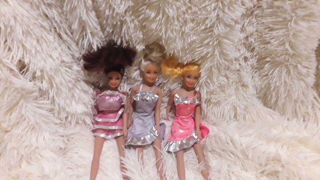 Набор игрушечных кукол