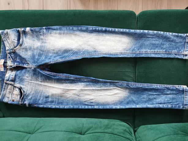 Paka ubrań damskich M