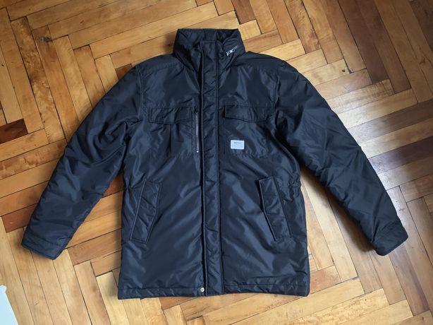 Отличная мужская демисезонная куртка с капюшоном WESC Sweden оригинал