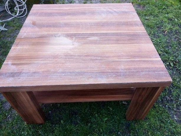 Stół kwadratowy drewniany w okleinie