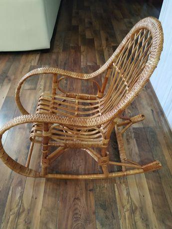 Детское плетёное кресло качалка