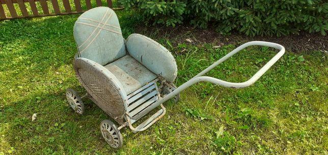 Wózek z okresu prl