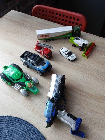 Zestaw aut dla chłopca