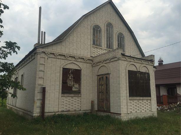 Будинок в Переяслав-Хм. (Підварки)