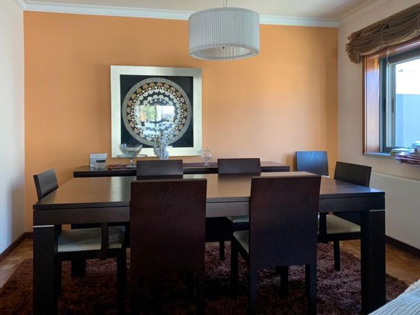 Conjunto de mesa e 8 cadeiras de jantar Interforma