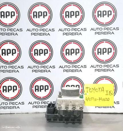 Módulo de abs Toyota IQ referência 44540-74020.