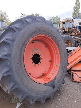 Резина скат шина гудиер Goodyear 710/70/r42 710 70 р42 фендт 930 936