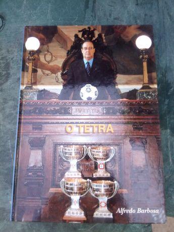 Livro do FCPorto tetra