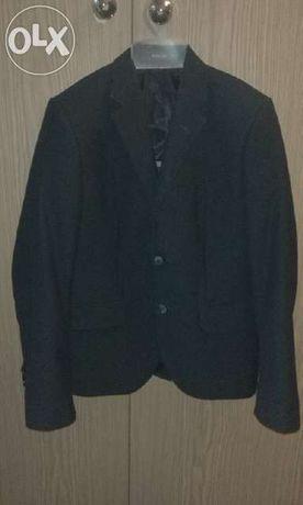 Школьный костюм, р.134, пиджак зеленого цвета