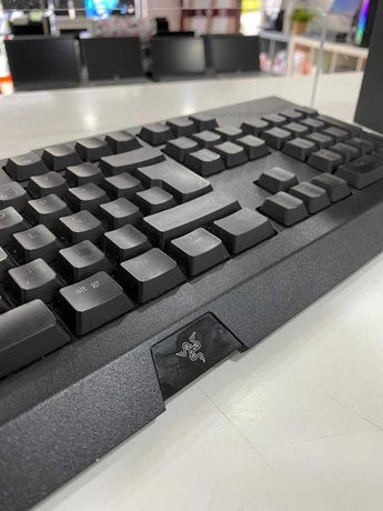 Razer Cynosa Chroma Illuminated Keyboard PT - Seminovo - Loja